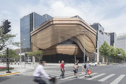 Fosters and Heatherwick Shanghai Bund project 2